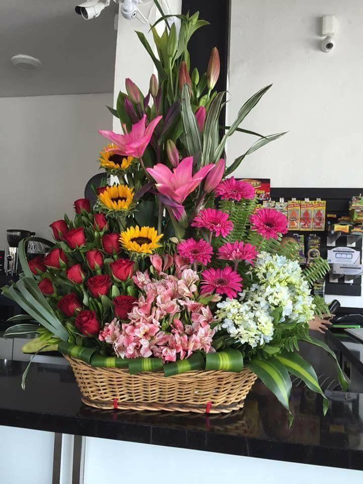 3eab8436fb5bbb75ca56815d7c90d511 - Best 24 Best Valentine's Day Flower Arrangements ideacoration.co/... You won't o...