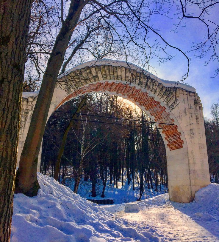 #spring #march #fairytale❄️🌬⛄️#light #blue #sky #sun 🌞#white #snow #frost #pond #beautiful #architecture #forest #arch #tree 🌲