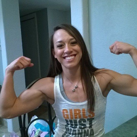 Double biceps and a smile | The Iron don't Lie | Pinterest