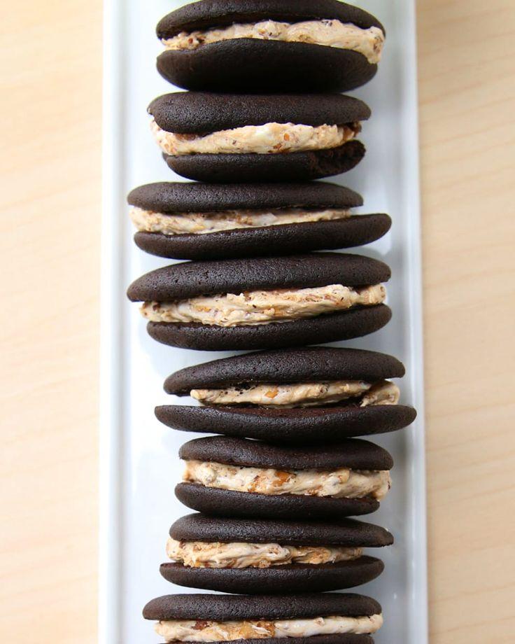Whoopie Pie Snickers Bites