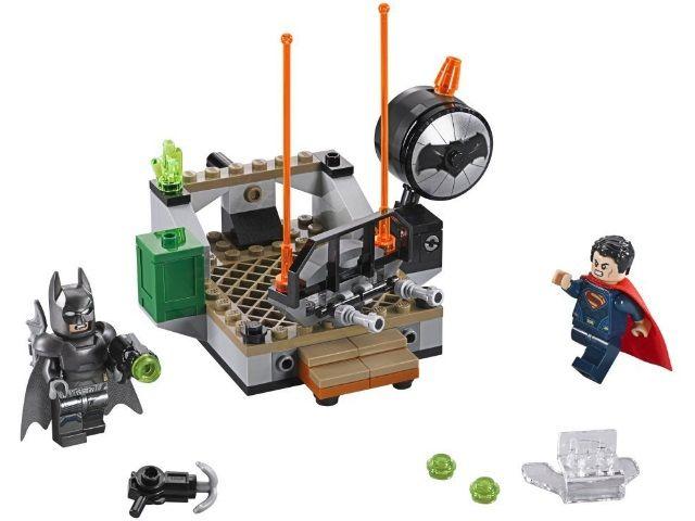Лего 76044 - Бэтмен против Супермена: Битва супергероев Lego