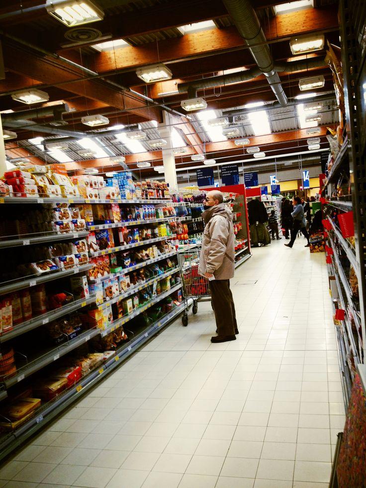 corsia al supermercato