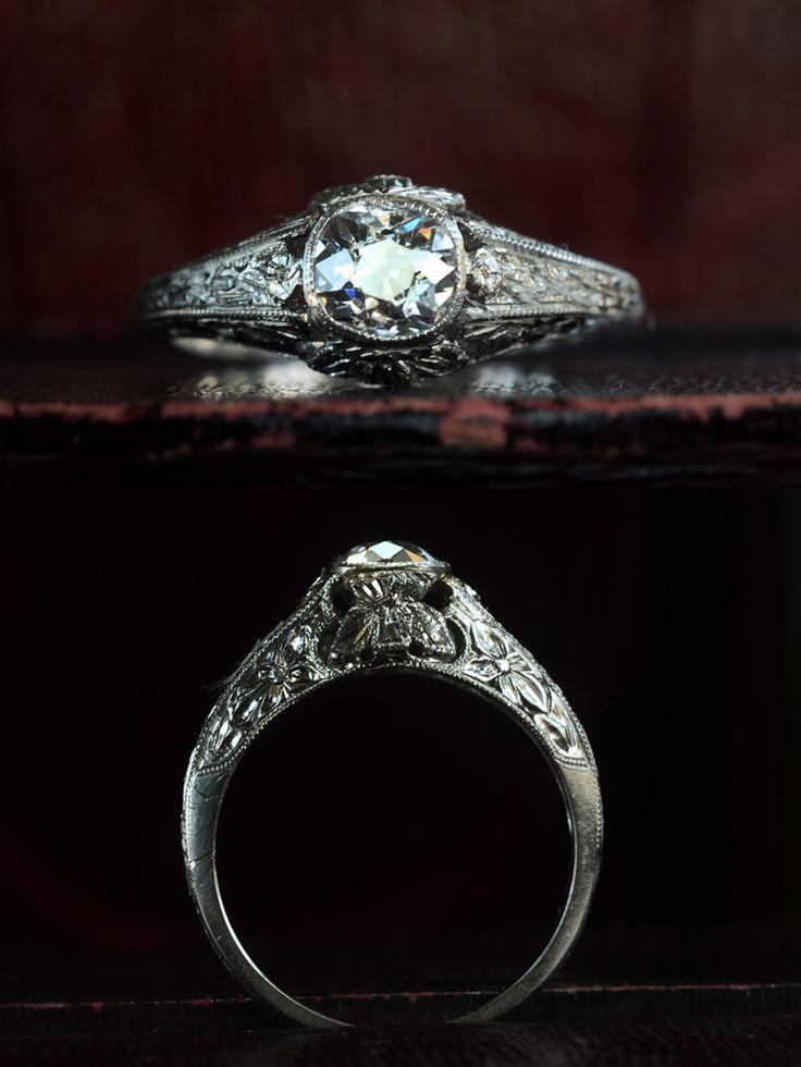 best 25 antique style engagement rings ideas on pinterest. Black Bedroom Furniture Sets. Home Design Ideas