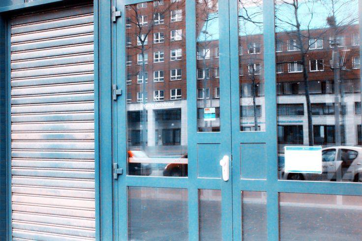 Blue stripe line with door