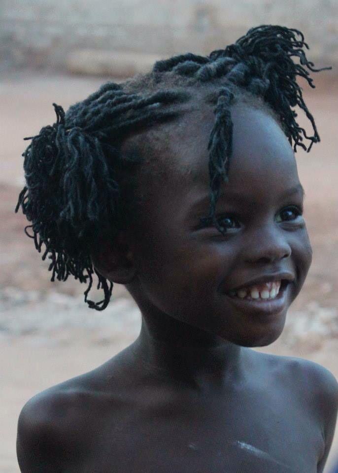 Petite fille de Lomé au Togo (Afrique)