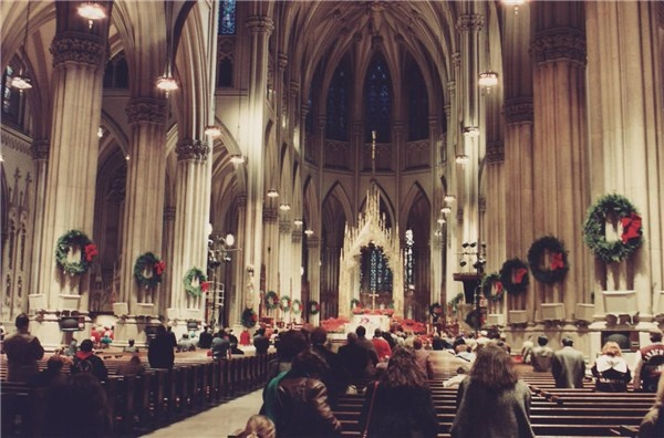 christmas midnight mass - st patrick's cathedral in new york city
