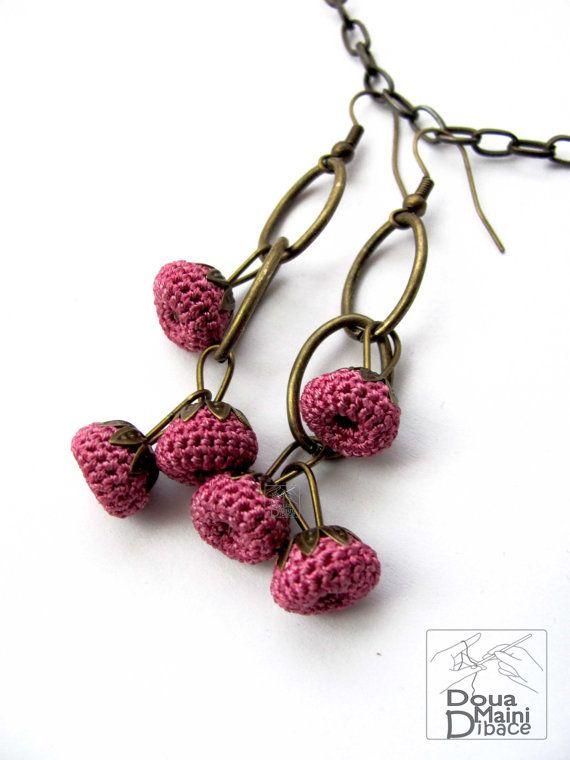 Crochê Feito à mão de seda macia brincos lilás rosa -  /   Handmade crochet soft silk lilac pink earrings -
