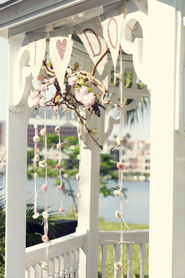 Davis Islands Garden Club - decor for the gazebo