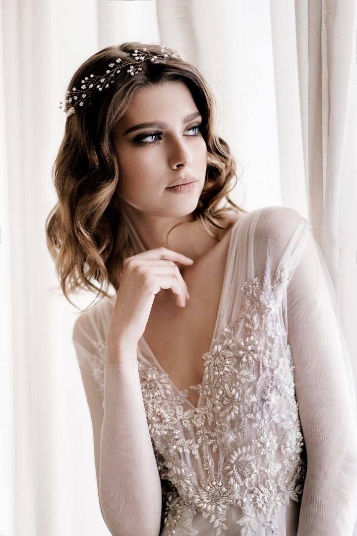 Decolove Baby's Breath Bridal Halo in Laurelle 2016 Wedding Campaign