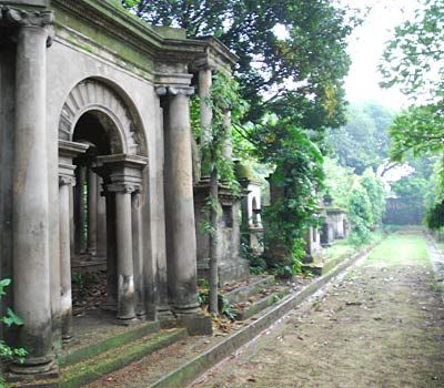 The 'Mutiny' or 'First War of Independence' had no more poignant location for the British than the site of 'The Residency' in Lucknow. Built in 1800 for the British Resident by the local Nawab, it was where some 1,300 British residents of Lucknow remained under siege, during the uprising of Indian troops against their British officers in 1857.