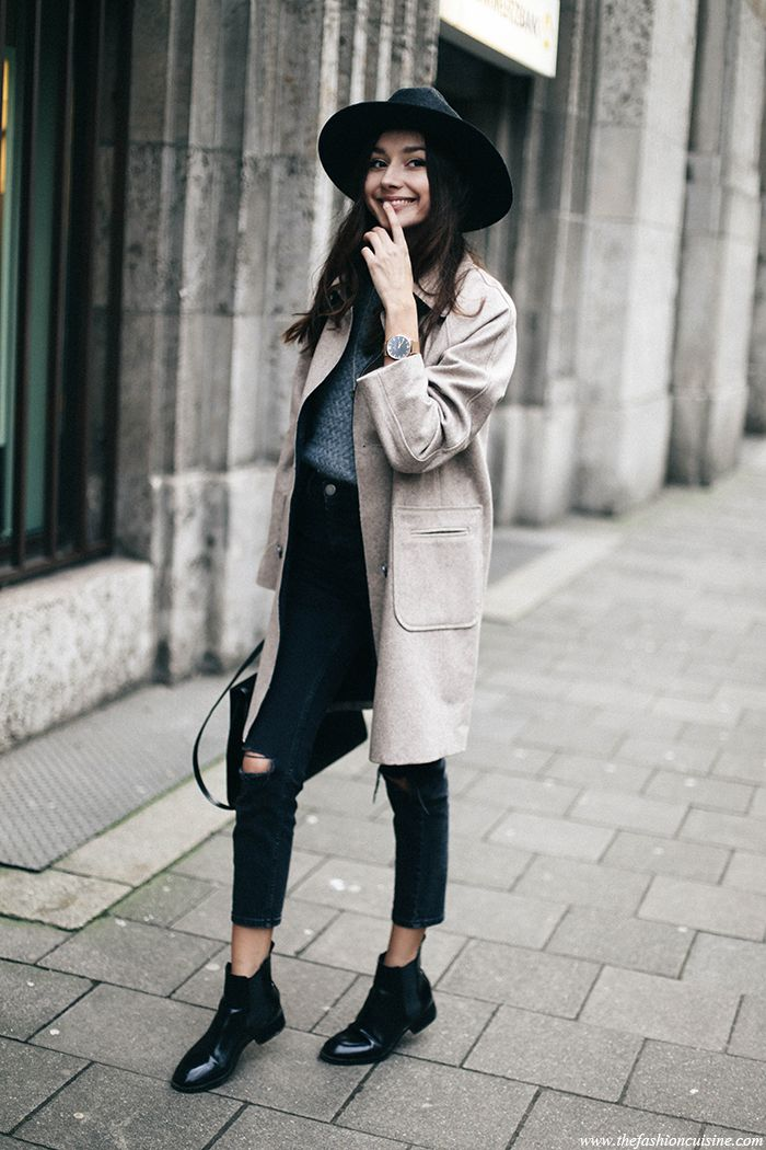 Minimal style outfit ideas featuring Asos cocoon coat and mom ripped knee jeans