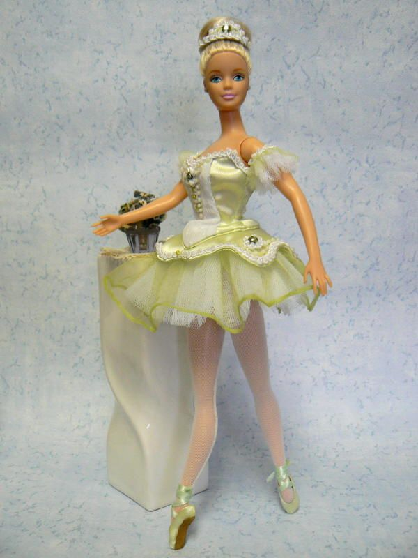 barbie free download / several free patterns for gorgeous dresses
