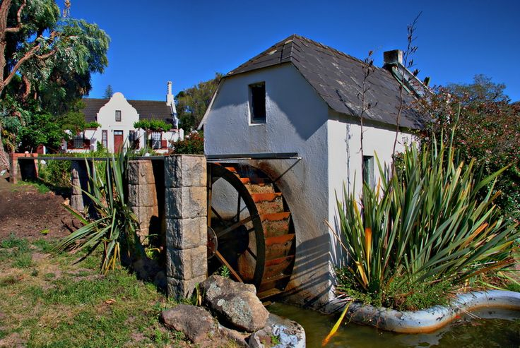 A water wheel scene in Paarl, South Africa. So familiar!