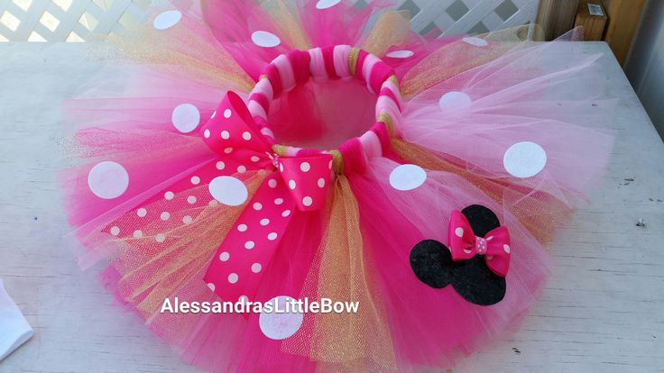 my signature glitter minnie mouse tutu in pink and gold minnie mouse birthday tutu