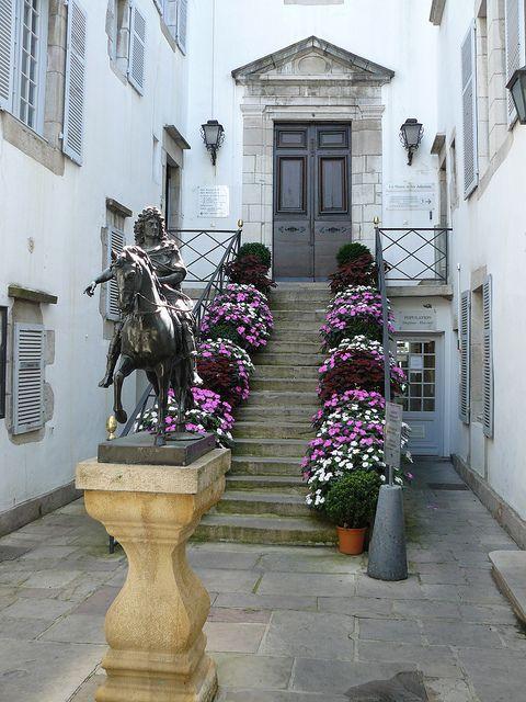 Saint Jean de Luz (Pyrénées Atlantiques): City Hall by Marie-Hélène Cingal, via Flickr