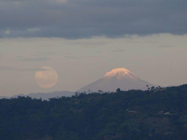 Una bella montaña /nevado del Tolima