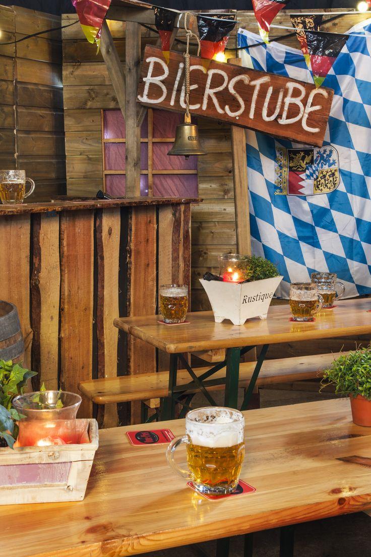 Prost! Gaat u een Duits bierfeest organiseren en bent u op zoek naar spullen? Dan bent u bij Ome Piet Verhuur & Partyservice aan het goede adres!