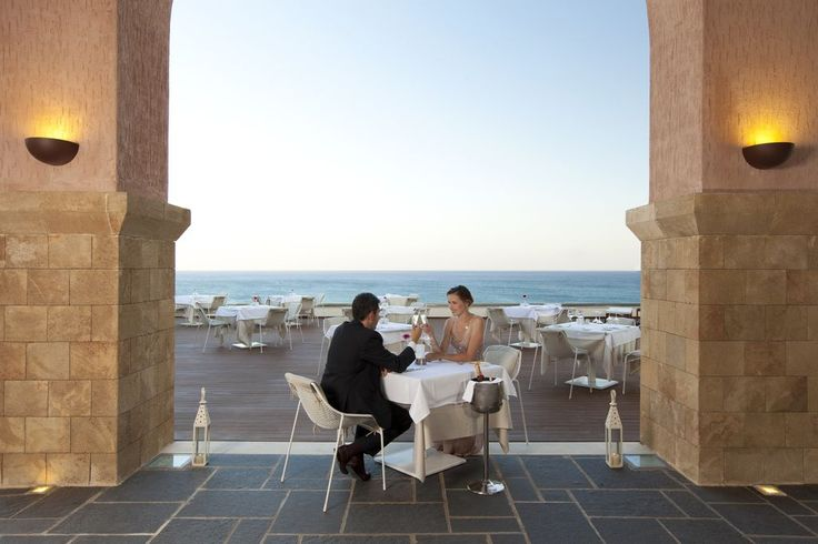 Impressions Restaurant at Boutique 5 Hotel & Spa is probably one of the most Romantic places to take your other half  for a memorable dinner.