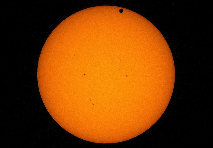 VENUS TRANSIT & MANY SUNSPOTS