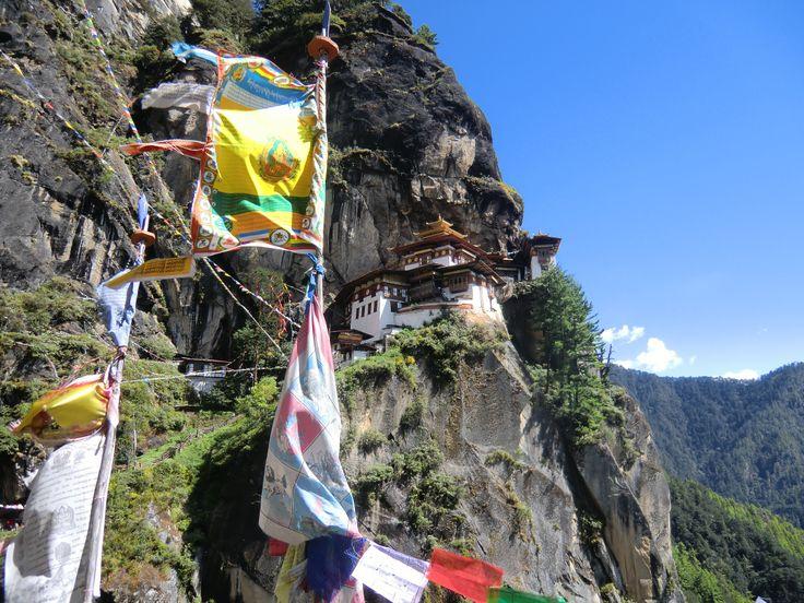 Unsere neue Frauenreise nach Bhutan - ein Traum!  http://vivamundo-reisen.de/Vivamundo_Woman/Bhutan_woman/