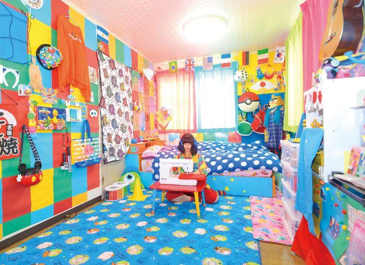 「【クリエイティブ女子高校生のお部屋を拝見!!】」【「部屋は生き様!」ROOM IS LIFE!】|TOKYO GRAFFITI WEB