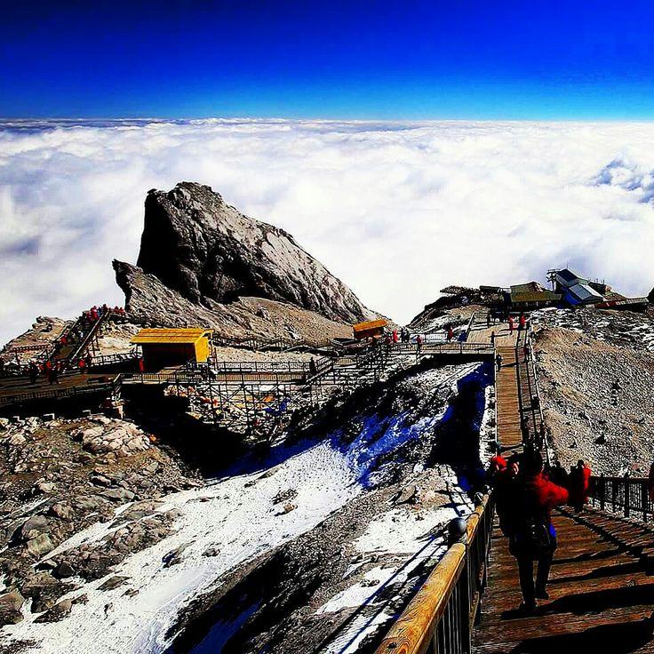 Jade Dragon Snow Mountain. Yunnan, China