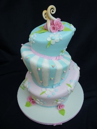 wedding cakes delivered to your door uk 25 best ideas about cupcakes delivered on 24166