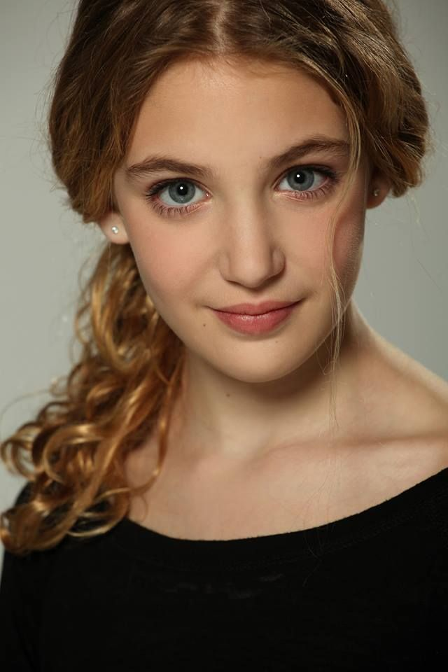 sophie nelisse 5 by - photo #8