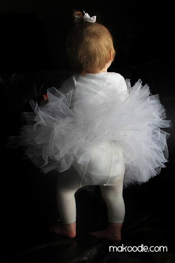 DIY Halloween DIY Costumes :DIY Baby Girls Halloween Costumes: DIY Baby Ghost Costume