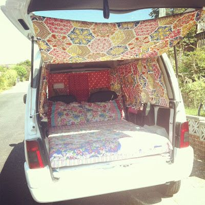 Kelly Jago: BERLINGO-CAMP                                                                                                                                                      More