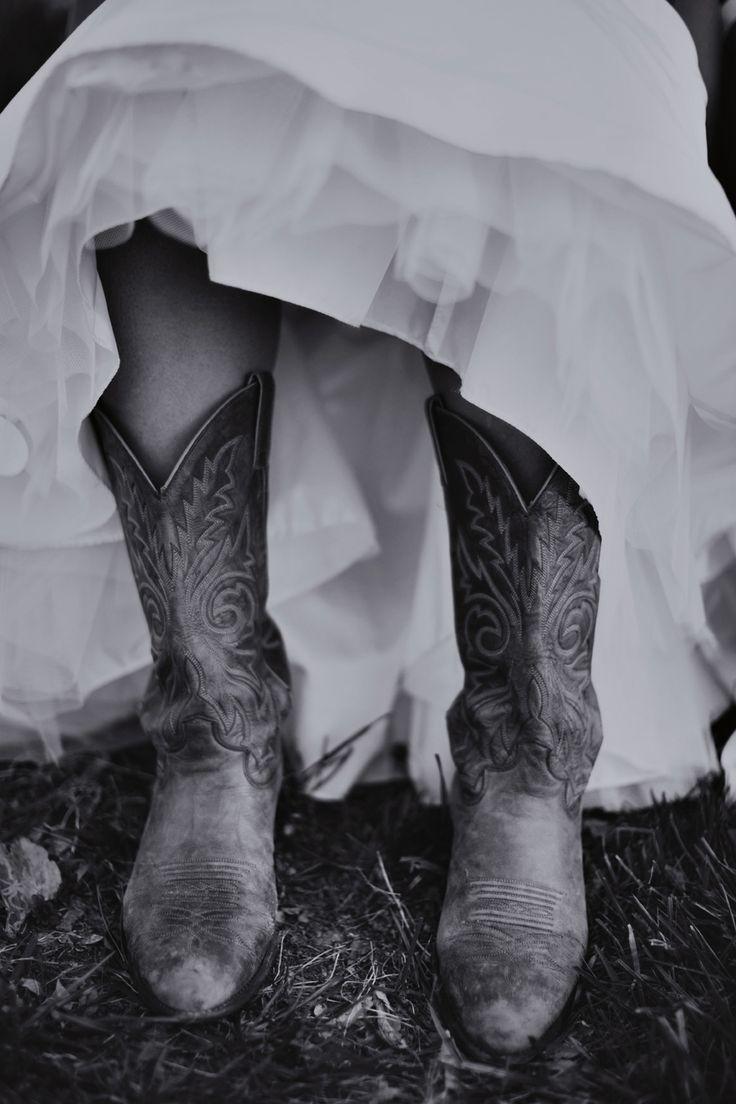 Cowboy Boots! (www.7centerpieces.com/country-austin-wedding-leigh-miller) | Leigh Miller Photography (leighmillerphotography.com)