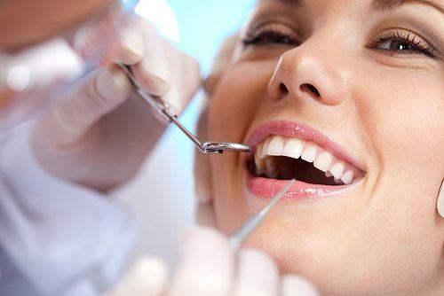 Vare sig du letar efter en akuttid eller om du vill boka en tid fram�ver s� �r v�ra tandl�kare i Stockholm det b�sta alternativet! De �r utbildade inom m�nga speciellomr�den och kan erbjuda dig tandv�rd som du inte kan hitta hos en vanlig tandl�karkedja.