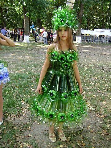 Material Reciclado, Reciclar, Botellas Plasticas, Traje, Disfraz, Vestidos, Botellas De PláStico, Ideas Para, Muy Gracioso