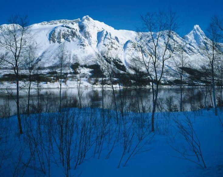 Asle Svarverud - Vintermorgen, Helgeland