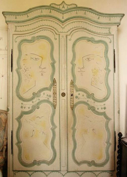 Armoire painted by Cocteau, Villa Santo Sospir