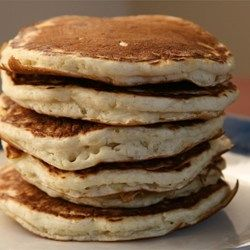 Good Old Fashioned Pancakes - This recipe uses 7 ingredients you probably already have in your cupboard.