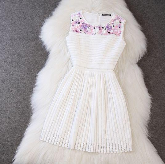 simple sleeveless slim waist dress with printed patchwork