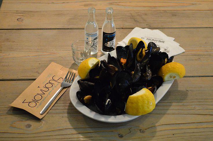 Μύδια Αχνιστά - Mussels Steamed