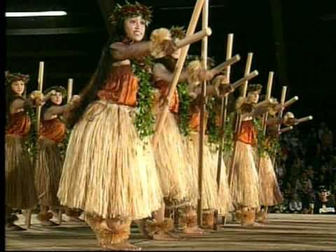 A beautiful mele (song) about Queen Emma Kaleleonalani (1836-1885) who loved to travel. This pin is in honor of my daughter, Kekoalani (courageous heavenly woman) who also loves to travel. Halau Hula Olana - Merrie Monarch 2006 - YouTube