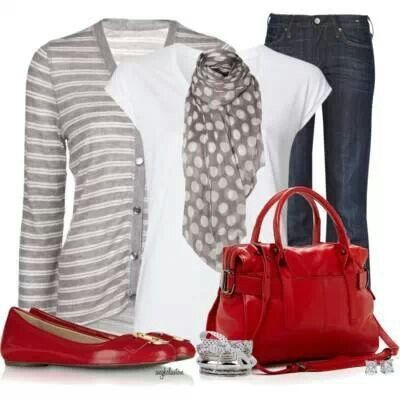 Looks like I'm going shopping for a red handbag, love this outfit!