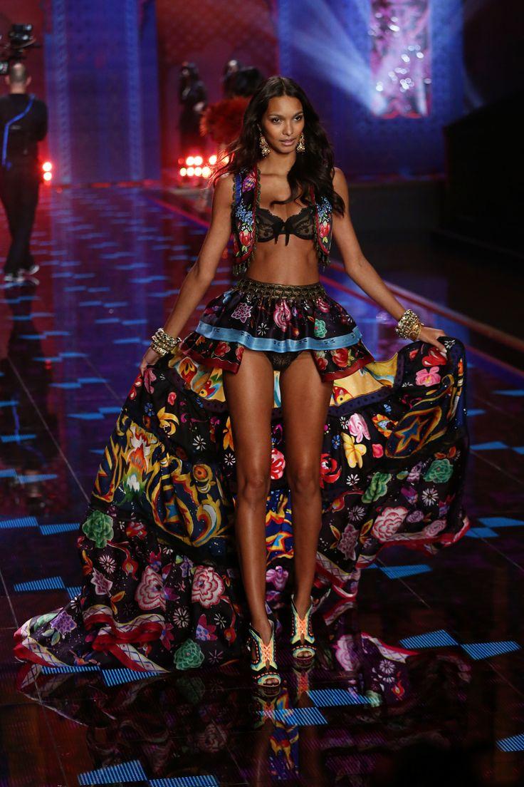 #Lais Rebeiro -- The Victoria's Secret Fashion Show 2014, London | Stylecaster.com // Photo: FCL/ZOB/WENN.com // #VSFS_2014