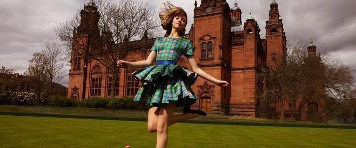 The Commonwealth Games have unveiled the stylish tartan dress to be worn by female medal bearers at this summer's Games. The outfit, in the official Games tartan, was created by Glasgow-born designer Kerry Nixon and produced at the Centre of Advanced Textiles at the Glasgow School of Art.   There's more information on Scotland's fashion and textiles on www.scotland.org/creative-scotland/fashion-and-textiles