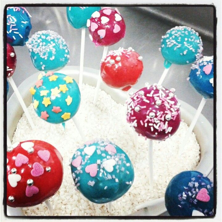 Pop cakes. .by Restaurante Maricastaña