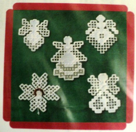 Lot of 3 Hardanger angel patterns Hanky Panky Desi                                                                                                                                                                                 Más