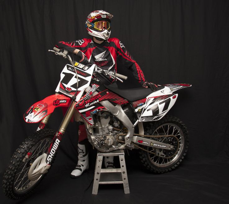 Motocross shoot. Honda CRF250R photo shoot with dirt bike.  www.erinlynphotography.com