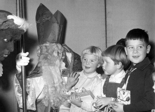 Sinterklaasfeest (Bron: Nationaal Archief)