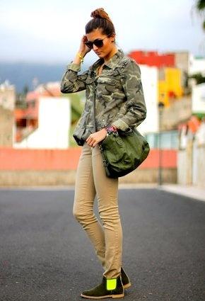 Zara  Shirt / Blouses, neon boots de Papaya  Ankle Boots / Booties and piel de toro