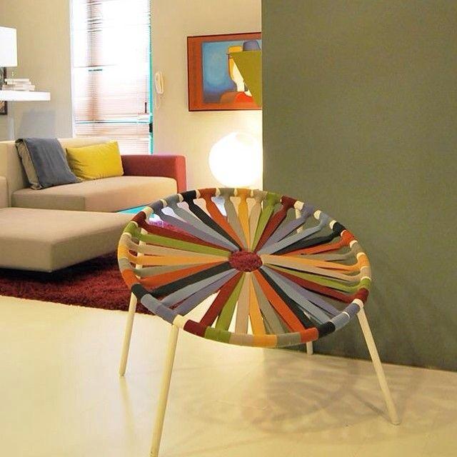 """La Silla Lastika fue diseñado por Velichko Velikov diseño innovador, confort y comodidad.  Es un asiento divertido, relajado y cómodo, mientras que la construcción es muy estable, ya que tiene un amplio apoyo. Al mismo tiempo, el diseño tiene una dimensión """"lúdica"""" que da la posibilidad de movimiento.   #procomobel #lastika #lagoit"""