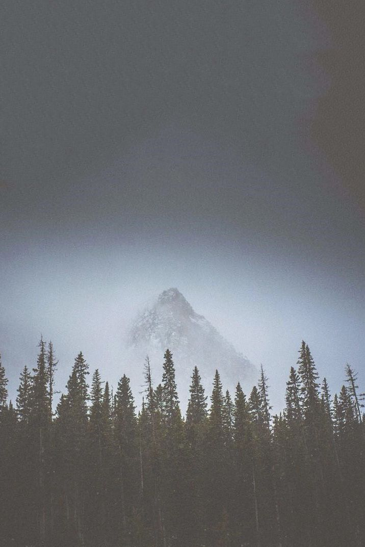 in the mountains | moody landscape photography | in nature