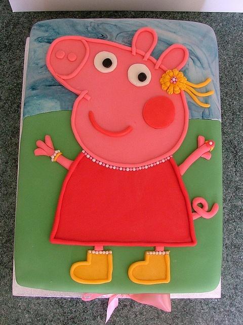 peppa pig cake anika would love this!